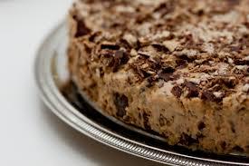 torta de bis com doce de leite e creme de leite