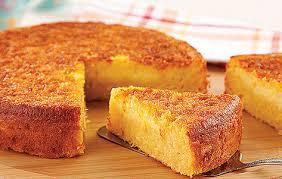 Bolo de milho com queijo fácil e saboroso