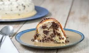 A melhor sobremesa de bolo com sorvete
