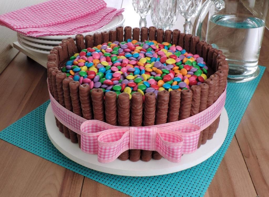 bolo de canudo de chocolate