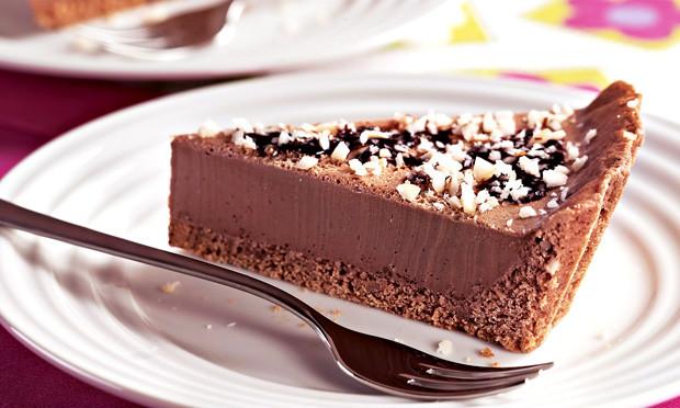 torta de chocolate gelada simples
