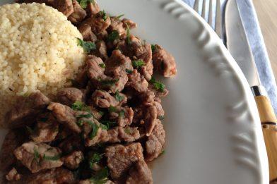 Delicioso e simples picadinho marroquino