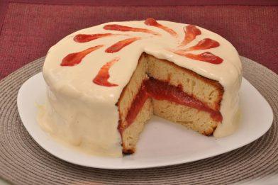 A melhor receita de bolo com recheio de goiabada