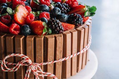 O melhor bolo kit kat passo a passo