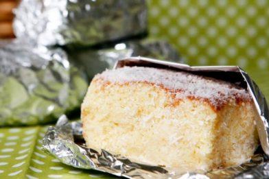 Delicioso e muito prático bolo gelado de coco
