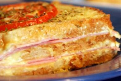 Lanche rápido de sanduíche de pão de forma no forno