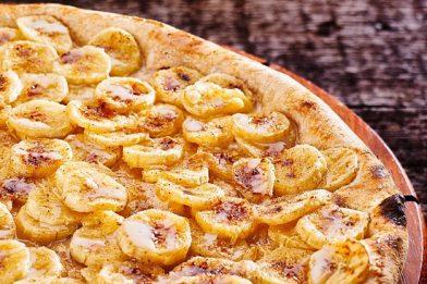 A melhor receita de pizza de banana com canela