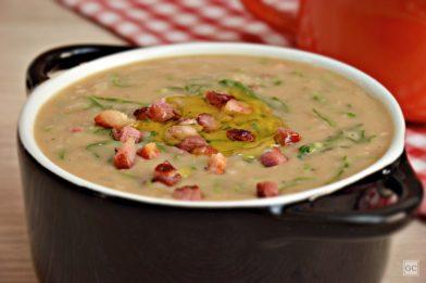 Receita simples de sopa de feijão