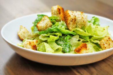 A melhor salada caesar simples
