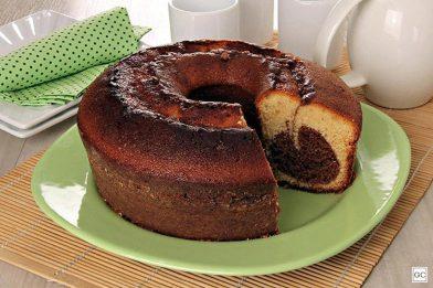 Simples e saboroso bolo mesclado
