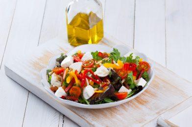Deliciosa salada com Queijo Feta