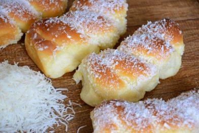 Simples pão de massa mole caseiro