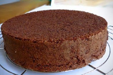 Receita de pão de ló de chocolate caseiro