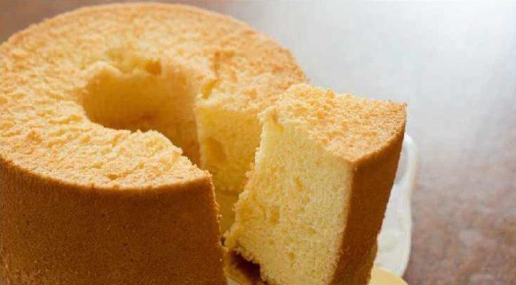 bolo de trigo simples
