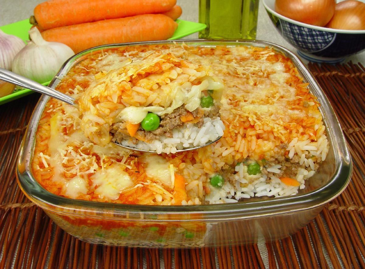 arroz com carne moída