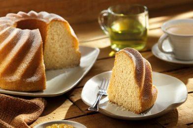 Simples e prático bolo de baunilha