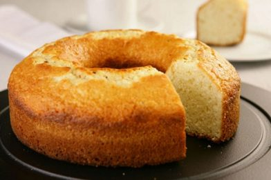 Simples bolo fofo muito gostoso