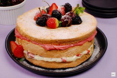Simples receita de pão de ló para bolo de aniversário