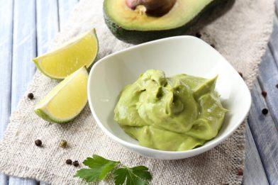 Mousse de abacate delicioso e super fácil