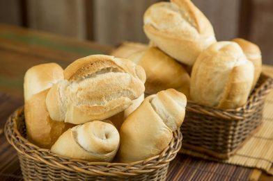 Prático pão de sal caseiro