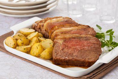 A melhor carne assada com batata