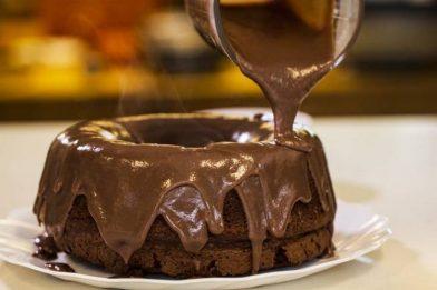Deliciosa cobertura de chocolate cremosa