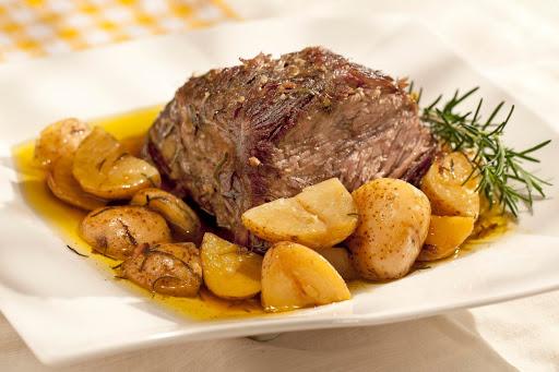carne assada com batata