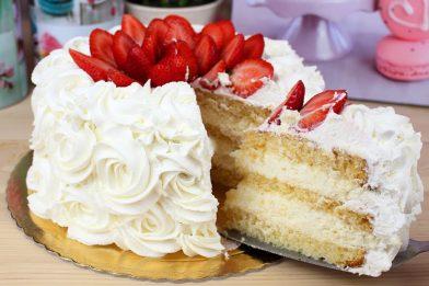Receita prática de bolo de chocolate branco