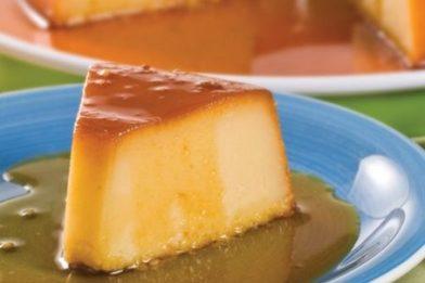 Delicioso e simples pudim de padaria