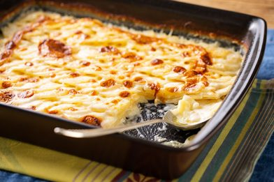 Simples batata gratinada no forno