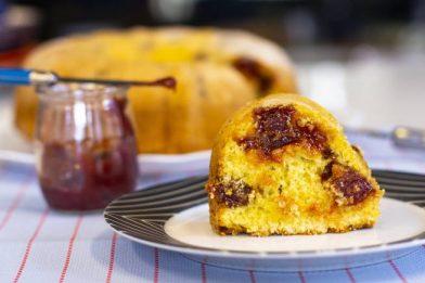 Simples bolo com goiabada