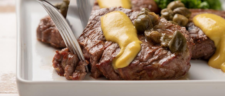 carne na mostarda
