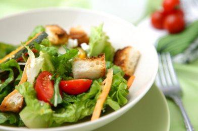 Deliciosa e simples receita de salada de Natal