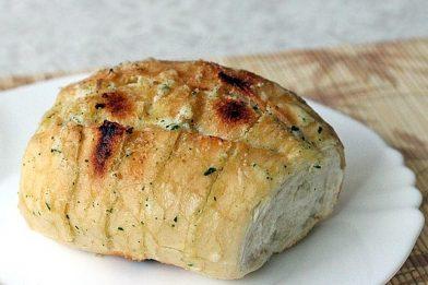 Receita de pão de alho caseiro